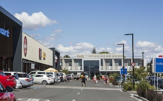 12.06.15 - Upper Queen Street wins  Award Of Merit at the NZ Property Council Awards